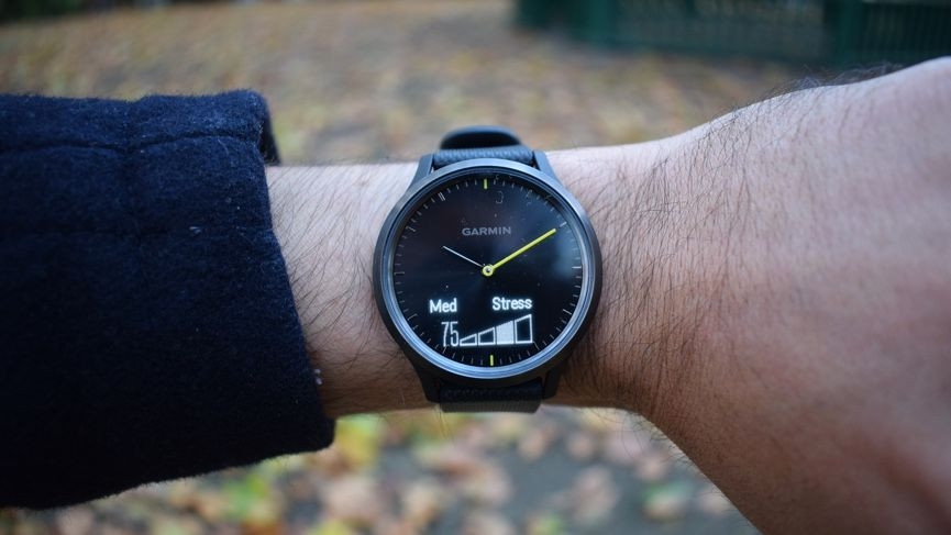 Deal: Garmin Vivomove HR drops is at its lowest price ever
